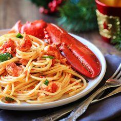 Spaghetti au homard du Joe Beef Lobster Spaghetti, Lobster Pasta, Seafood Pasta, Shrimp Pasta, Joe Beef, Baked Rigatoni, Capellini, Spaghetti Recipes, Slow Cooker Chicken