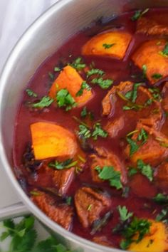 Durban Lamb Curry South African Recipes, Ethnic Recipes, Ground Fennel, Lamb Curry, Roma Tomatoes, Fennel Seeds, Curry Leaves, Tamarind, Bacon Recipes