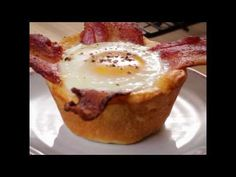 Easy Bacon and Egg Biscuit Cups Recipe - Pillsbury.com