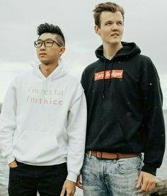 Foxy Wallpaper, Pet Dragon, Rain Jacket, Windbreaker, Interview, Graphic Sweatshirt, Lifestyle, Sweatshirts, Sweaters