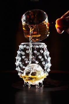 Mario Hofferer Krumpendorf bis 05 - a smoked signature Whiskey of Mario Hofferer Krumpendorf. Whiskey, Mario, Kitchen Appliances, Stone, Food, Drink, Tags, Whisky, Diy Kitchen Appliances