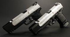 Lara Crofts (Angelina Jolie) Dual Heckler Koch USP Match Pistols from Lara Croft: Tomb Raider