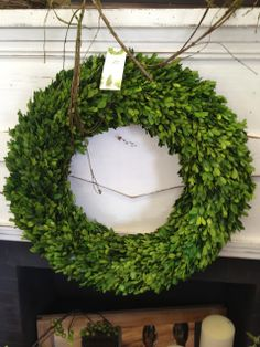 Easy Garland Wreath - The 15 Minute, 15 Dollar Wreath Boxwood Wreath Diy, Diy Wreath, Grapevine Wreath, Wreath Ideas, Wreath Making, Burlap Wreath, Green Garland, Green Wreath, Irish Decor
