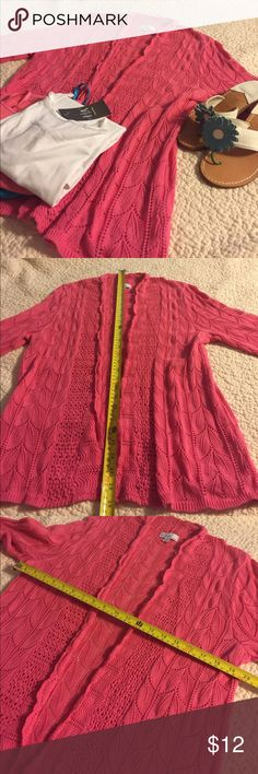 Kim Rogers Pink Sweater Sz L. Excellent Kim Rogers Pink Sweater Sz L. Excellent condition. Lightweight, great for summer. See photos for size confirmation, care instructions, materials and measurements. Thanks for looking. I consider all offers. Karen Scott Sweaters Cardigans