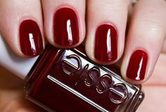My new nailpolish - Essie - Bordeaux