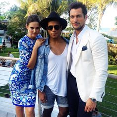 """Jonathan Urbina on Instagram: """"Friday with the @dolcegabbana + @refinery29 crew on a Miami rooftop {#DOLCEGABBANA #DG #LIGHTBLUE #REFINERY29 #MIAMI #FASHION #FASHIONBLOGGER #STYLE #SUMMER #DAVIDGANDY}"""""""