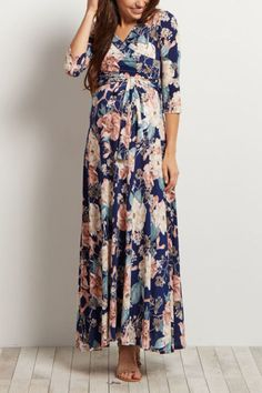 It's your baby shower, so get ready to show off that bump! Here are 14 stylish maternity dresses that will wow your guests - and, you can wear them whenever and wherever you want!