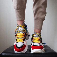 High Heel Sneakers, Sneaker Heels, High Heels, Jogging Shoes, Running Shoes, Tenis New, Sports Shoes, Running Women, Types Of Shoes