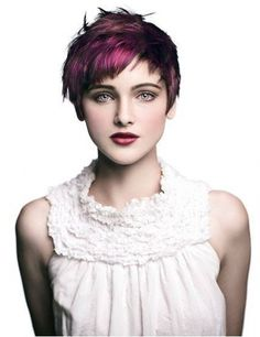 Dark Purple Hair Color Ideas for 2017 – Best Hair Color Trends 2017 – Top Hair Color Ideas for You Pixie Hairstyles, Short Hairstyles For Women, Pixie Haircut, Trendy Hairstyles, Haircuts, Dark Purple Hair Color, Cool Hair Color, Hair Colour, Pixie Hair Color