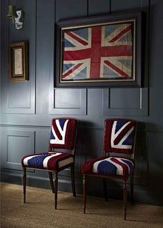 O post de hoje é em homenagem a nossa duplinha fashionista que esta cobrindo a semana de moda de Londres!!! Como o clima aqui no blog esta super londrino, decidimos trazer esta semana para vocês um post com uma Decor divertida e descontraída com inspirações Britânicas!!!Na parede, na cama, em algum móvel ou tecido… Diversas …