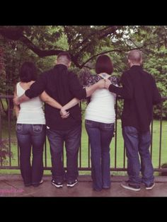 Maid of honor, Best man, Bride, Groom  Awe we need a pic like this with us and Wes and mark :)