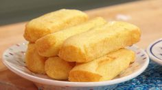 """Everyone (via FB & Twitter) seems to be devastated by the recent news of Hostess going out of business, thus no more Twinkies. Well, fret no more: I give you """"Cake Boss"""" Buddy Valastro's Homemade Twinkie Cakes!"""