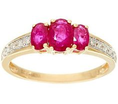 Oval 3-Stone Mozambique Ruby Band Ring 14K Gold 0.85 ct tw