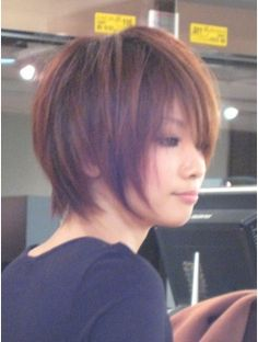 カジュアルフェミニンショート Short Shag Haircuts, Short Choppy Hair, Asian Short Hair, Short Thin Hair, Cute Hairstyles For Short Hair, Girl Short Hair, Medium Hair Cuts, Medium Hair Styles, Short Hair Styles