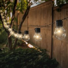 When contemplating sustainable energy sources, solar powered energy is a that a lot of people think of first. It cuts down on energy costs which is environmentally safe. This article has great solar energy information. Solar Led String Lights, Solar Powered Led Lights, Globe String Lights, String Lights Outdoor, Solar Patio Lights, String Lighting, Light String, Marquee Lights, Luz Solar