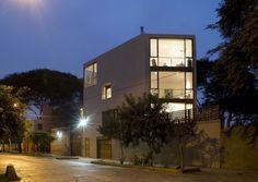 Malecon Castilla House / David Mutal Arquitectos