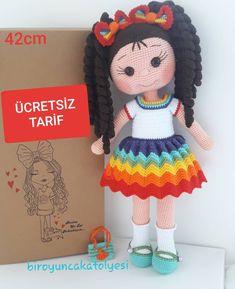 """Instagram'da Bir Oyuncak Atölyesi: """"💜💙💚💛🧡❤ Hayırlı ve güzel haftalar diliyorum herkese...🥰 ✳Bebeğin vücudu tahmin edeceğiniz gibi Minnie Kız tarifimdeki vücutla aynıdır.Bu…"""" Crochet Amigurumi Free Patterns, Crochet Art, Baby Knitting Patterns, Crochet Dolls, Free Crochet, Crochet Tutorials, Stuffed Toys Patterns, Amigurumi Doll, Baby Ideas"""