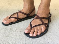 Best of both worlds in a classic design. Men Sandals, Clog Sandals, Flip Flop Sandals, Leather Sandals, Flip Flops, Leather Men, Brown Leather, Male Style, Male Feet