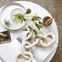 Our small link, Pale Wood chains are carved from salvaged wood by local artisans in the Honduras. Bring in natural elements to your home and shop today! Serene Bedroom, Master Bedroom, Ikebana Arrangements, Whitewash Wood, Salvaged Wood, Nature Decor, Bud Vases, Recycled Glass, Bohemian Decor