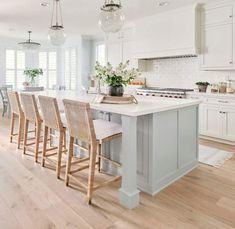 There is no question that designing a new kitchen layout for a large kitchen is much easier than for a small kitchen. A large kitchen provides a designer with adequate space to incorporate many convenient kitchen accessories such as wall ovens, raised. Home Decor Kitchen, Kitchen Furniture, Kitchen Dining, Kitchen Ideas, Kitchen Hacks, Kitchen Counters, Kitchen Backsplash, Kitchen Trends, Eclectic Kitchen