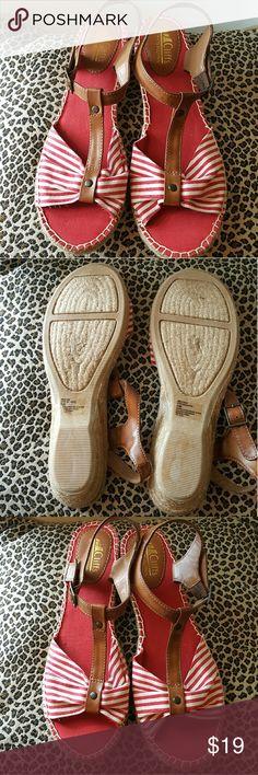 Cliff's White Mountain Striped Espadrilles Cliff's White Mountain Striped Sandals new. 11m.  Style # C14614Z/Cheerio  Never worn.  Approx 2- 2.5 heel. White Mountain Shoes Espadrilles