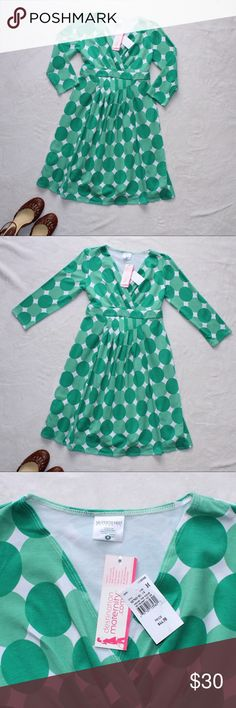 Motherhood Dress *Perfect for Spring* Beautiful dress that never got to be worn. It's in mint condition. No snags whatsoever. Featuring 3/4 sleeve. MIDI style. Stretchy Fabric. Very comfy to wear. Bundle and Save! :) Motherhood Maternity Dresses Midi