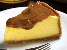 * Torta de maracujá com ganache * RECEITAS NO LINK ABAIXO Fonte:http://restauranteemsp.com.br/blog/torta-de-maracuja-com-ganache/