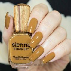 A good base is essential to have beautiful nail perfectly polished, whether with varnish or gel. Here's what you can do or advise to ensure your clients have perfect nails. Nude Nails, Matte Nails, Manicure And Pedicure, Gel Nails, Elegant Nails, Classy Nails, Stylish Nails, Fabulous Nails, Perfect Nails