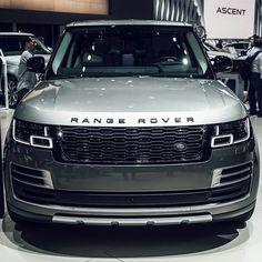 New – luxury cars Range Rover Vogue Autobiography, Sv Autobiography, Luxury Car Brands, Luxury Suv, Range Rover Sport, Range Rovers, Landrover Range Rover, Range Rover Supercharged, Toyota Fj Cruiser