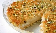 Best Ramadan desserts are very famous sweets to eat after Iftar during the holy month. Because it happens only in this month that people don't think of dessert Lebanese Desserts, Lebanese Recipes, Turkish Recipes, Greek Recipes, Knafeh Recipe Lebanese, Middle East Food, Ramadan Desserts, Ramadan Recipes, Gourmet