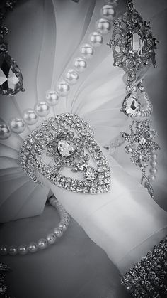 Silver White Pearl Glam Gatsby Diamond Crystal Bling Brooch Bouquet. Deposit on Swarovski Diamond Jewelry Broach Bouquet