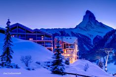 Situated near the gondola, Hotel Matterhorn Focus in Zermatt is a luxury design hotel. Hotel Matterhorn Focus offers luxurious rooms & suites and a spa. Zermatt, Oh The Places You'll Go, Places To Travel, Travel Destinations, Design Hotel, Dream Vacations, Vacation Spots, Unusual Hotels, The Great Outdoors