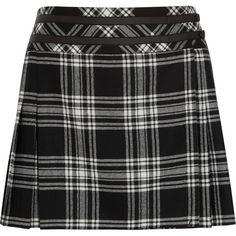 Karl Lagerfeld Veronica tartan wool mini skirt (115 AUD) ❤ liked on Polyvore featuring skirts, mini skirts, bottoms, saias, faldas, black, plaid pleated skirt, short pleated skirt, wool mini skirt and plaid skirt