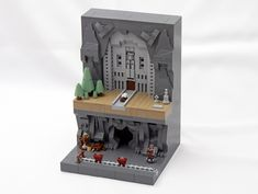 This micro LEGO Dwarven mine has upper, lower and middle earth Micro Lego, Lego News, Lego Models, The Brethren, Lego Moc, Cool Lego, Green Trees, Lego Creations, How To Level Ground