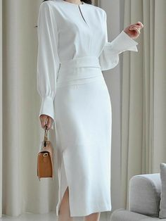 Elegant Outfit, Classy Dress, Classy Outfits, Stylish Outfits, Vintage Outfits, Elegant Dresses Classy, Elegant White Dress, Stylish Clothes, High Fashion Dresses