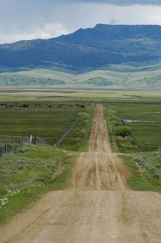 """Country road: """"the short cut"""" to Centennial Valley over the Ruby divide (Montana) by Big Sky Country, Country Roads, Country Life, Visit Montana, On The Road Again, Back Road, All Nature, Le Far West, To Infinity And Beyond"""
