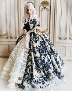 My dress shop ( Barbie Gowns, Barbie Dress, Couture Embroidery, Embroidery Dress, Barbie Patterns, Dress Patterns, Fashion Royalty Dolls, Fashion Dolls, Italian Language