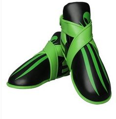 Alien design TopTen WAKO approved kicks for adults. Check out our posts for matching Point fighter gloves