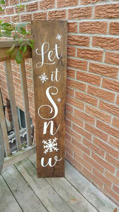 Our handmade solid wood sign is the perfect way to welcome guests. This sign is reversible for both Fall and Winter seasons. This sign measures 9 x 48 and comes weather resistant. If you would like another colour combination please contact me and I would be happy to accomidate