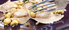 ravioli di castagne e patate con ragù di nocciole, pasta fresca senza uova vegan