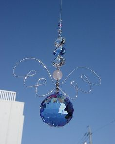 Beaded Sun Catcher - in Blue Wire Crafts, Bead Crafts, Jewelry Crafts, Wire Jewelry, Beaded Jewelry, Jewelery, Mobiles, Wire Ornaments, Hanging Crystals