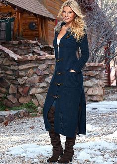 FAUX FUR HOODED DUSTER, SEAMLESS CAMI, COLOR SKINNY JEAN, OVER THE KNEE BOOT