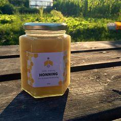 """""""Mmmmm... #hjemmelaget #honning #Brobekk_Birøkterlag #Brobekk_skolehage #grafisk #design"""", Oslo"""