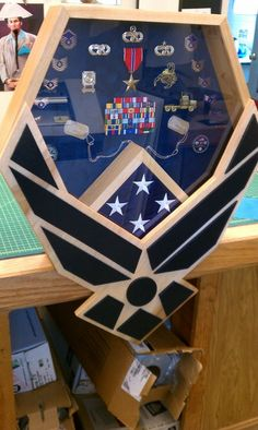 Air Force Shadow Box -- This would be great for anyone who has served. My husband has several medals from his time in the Navy, and one for each of us would be so meaningful. Military Retirement, Retirement Gifts, Retirement Ideas, Military Deployment, Air Force Love, Us Air Force, Military Shadow Box, Military Love, Military Crafts