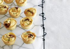 These Caramelised Onion & Feta Tarts are a great snack for the school lunchbox!