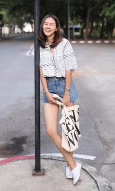 Summer Trends, Keds, Capri Pants, Trending Outfits, Style, Fashion, Swag, Moda, Capri Trousers
