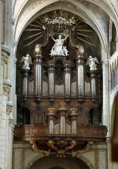 Tongeren - OLV Basiliek (B) Tongeren - l'orgue Le Picard de 1753