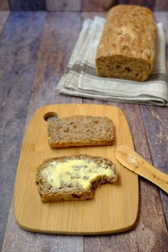 Delicious zucchini and walnut bread - quick recipes from my kitchen recipes backen backen rezepte bread bread bread Cooking Bread, Bread Baking, Quick Recipes, Quick Meals, Scones, Fresh Bread, Evening Meals, Pampered Chef, What To Cook