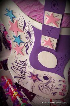 Violetta para Delfina!   CatchMyParty.com