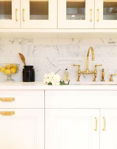 Brass hardware in a white kitchen by Kapito Muller Interiors follow on Instagram http://instagram.com/kapitomullerinterior/